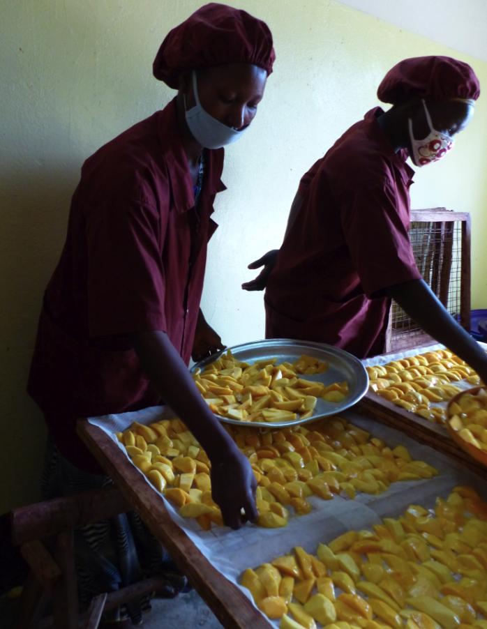 COOPAKE-mangue-atelier-bio-equitable-ethiquable