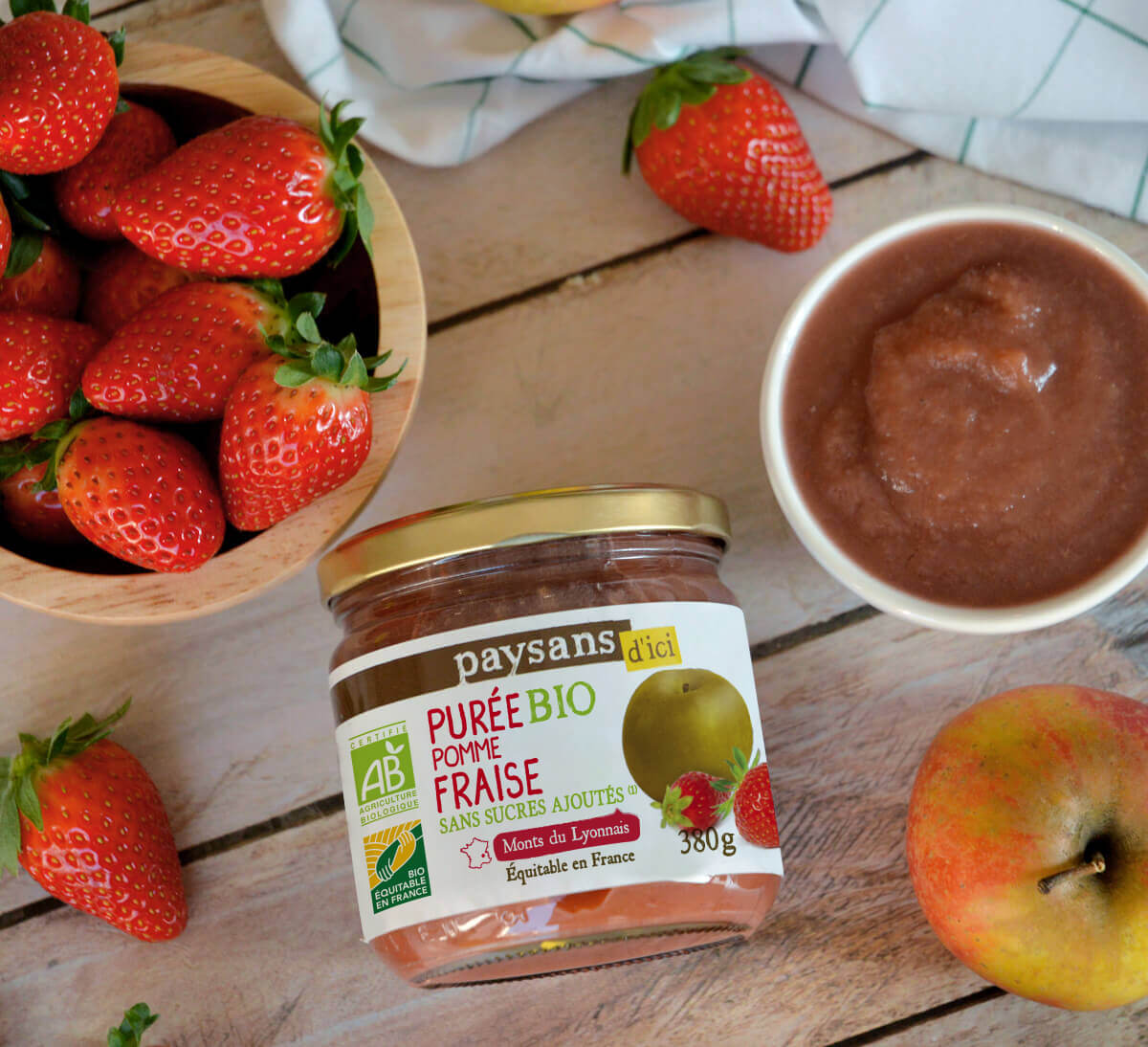 puree-pomme-fraise-bio-equitable-france
