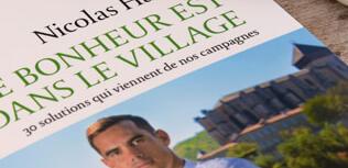 Le bonheur est dans le village - Nicolas Hazard